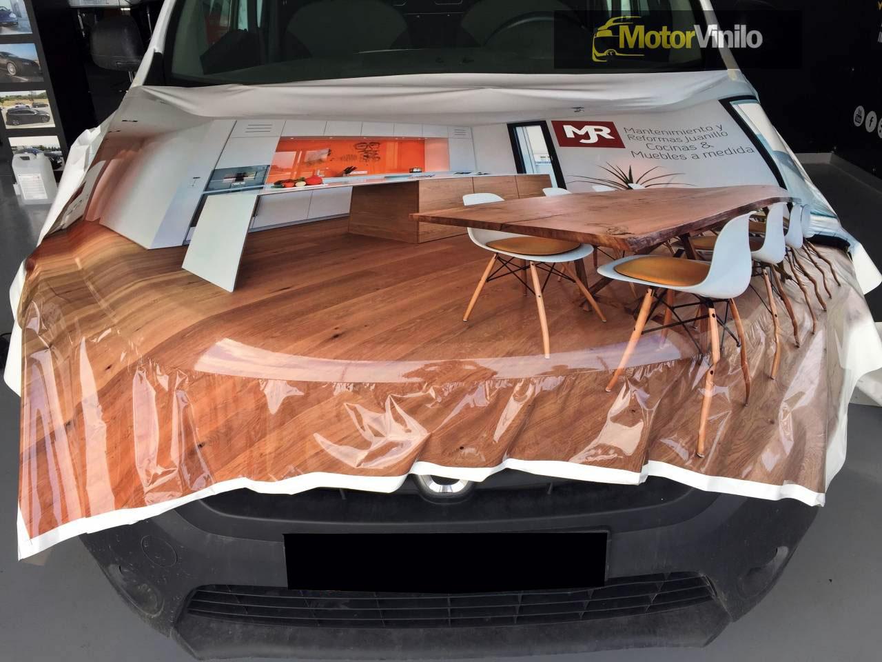 Rotulación furgoneta de empresa Dacia Dokker