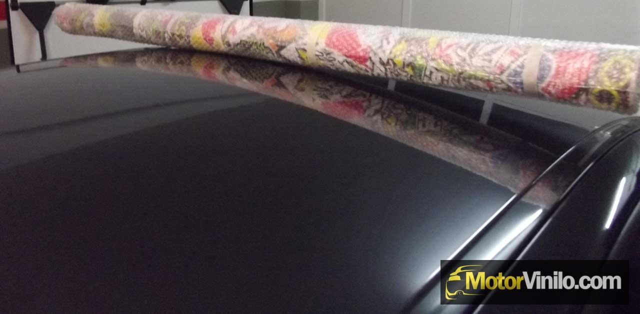 Gu a instalaci n vinilo en techo de coche paso a paso - Vinilo en rollo ...