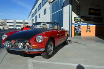 mg_mgb_roadaster_vinilado_0